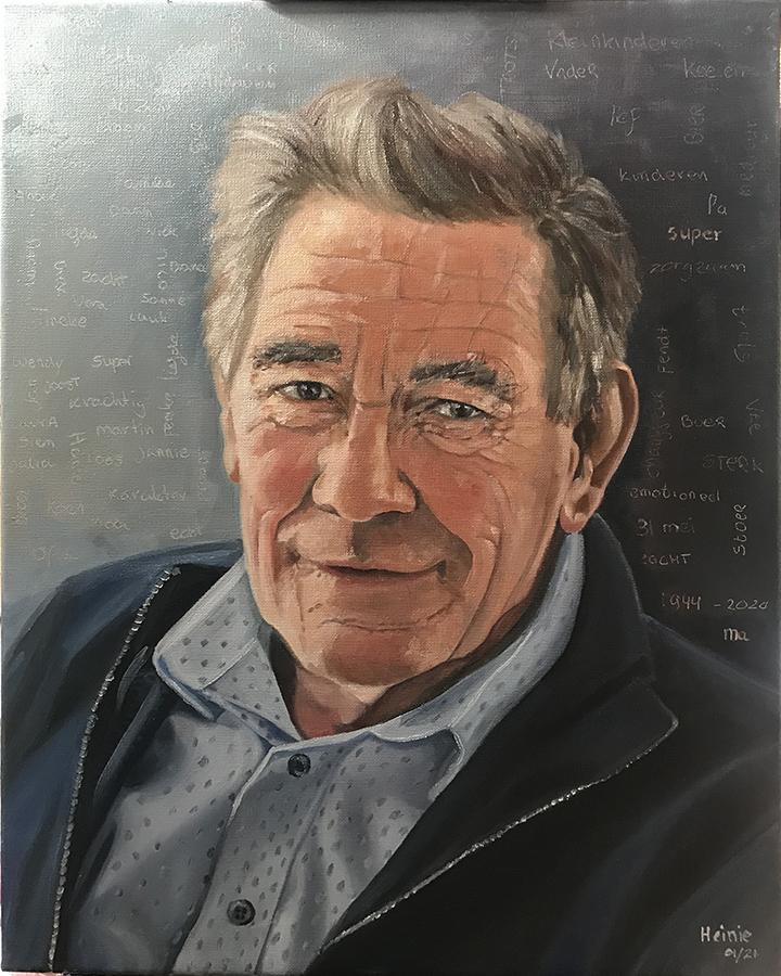 Mijn vader geschilderd op linnen in olieverf. 40x50 cm. op achtergrond teksten in de nog natte olieverf gekrast
